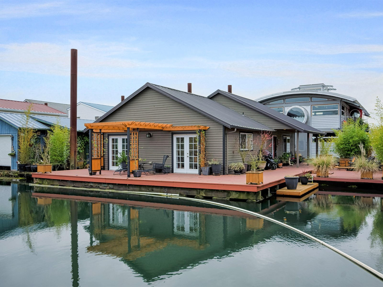 Floating homes portland or homemade ftempo for Floating homes portland