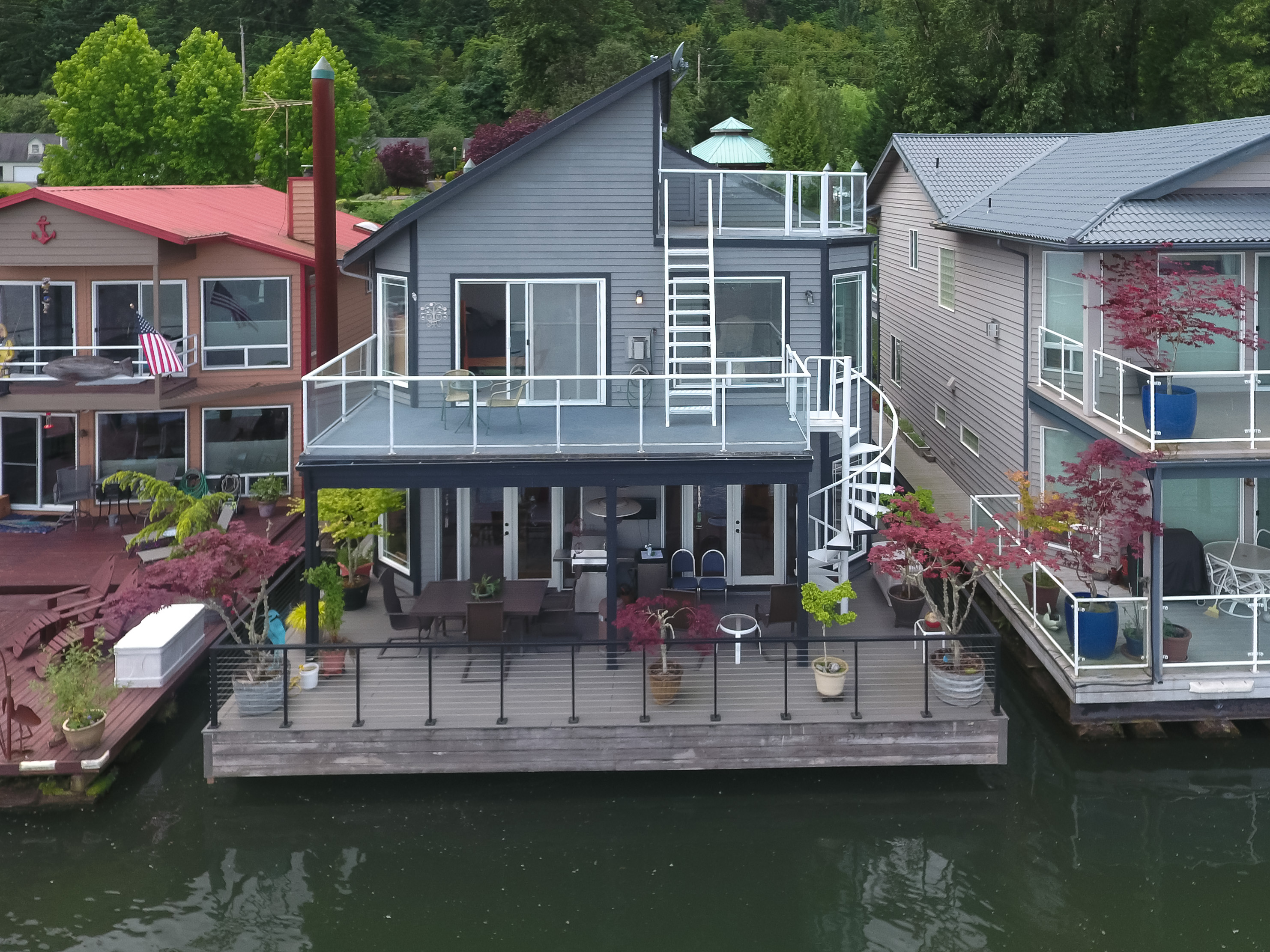 Portland floating homes archives karla divine floating Floating homes portland